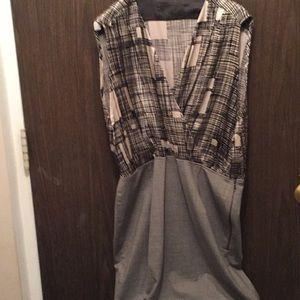 Dresses & Skirts - TAGLESS FAUX WRAP DRESS. NEW